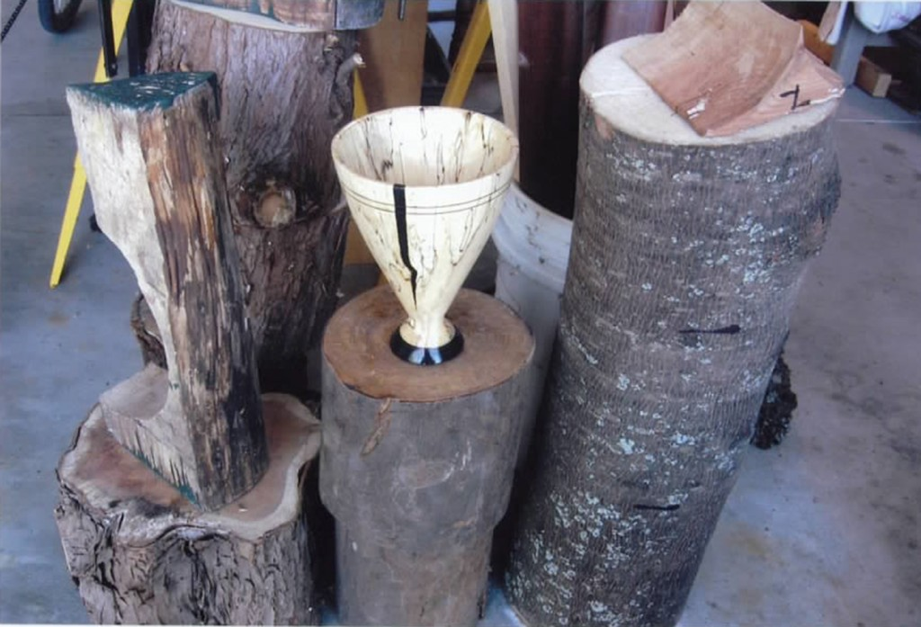 Turned wooden goblet. The cracks are filled with G/flex 650 and black pigment.