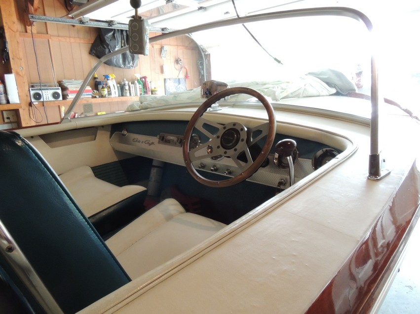 Chris Craft dash