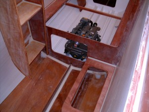 Aft cabin with engine